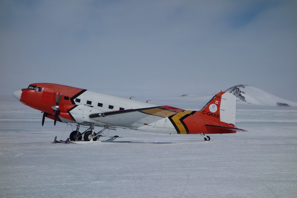 The DC-3 that makes the connection between Princess Elisabeth Station and Novo air base