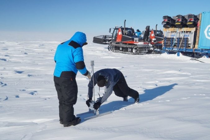 Nander doing a snow survey with the SMP during a refuelling stop for the tractors pulling our field camp. The photo also shows that the snow cover is variable in the area
