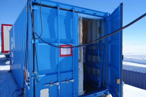 container-antarctique-chambre